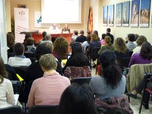 Es presenta el projecte Voluntariat per la Llengua a la biblioteca
